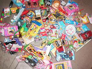 景品玩具おまかせアソート(100個入り)